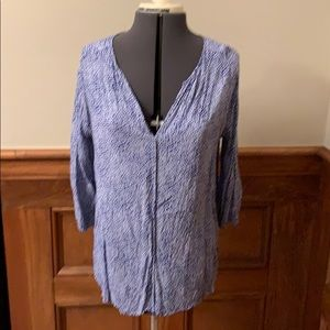 Blue/white v neck blouse